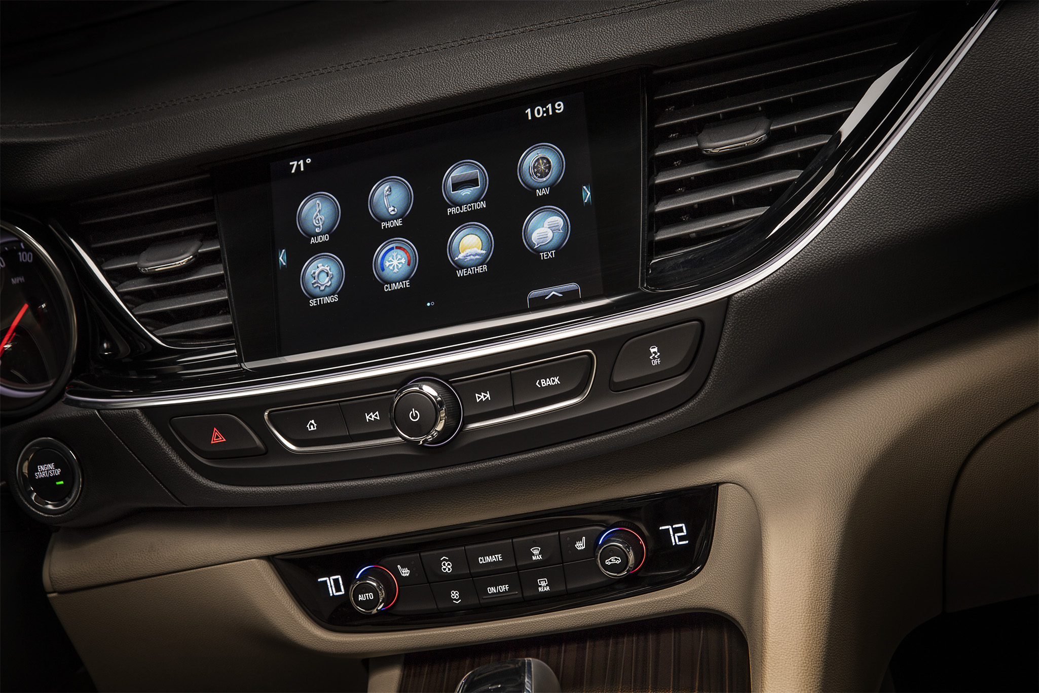 Scott Lanza Photography for Buick of interior digital display on the 2018 Avenir